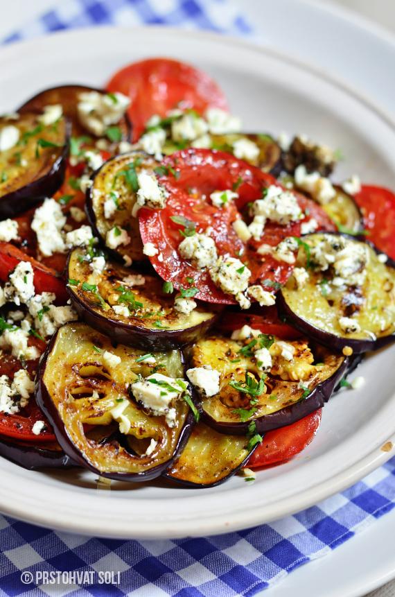salata-sa-grilovanim-paradajzom