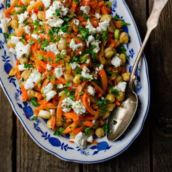 Salata sa leblebijama i šargarepom