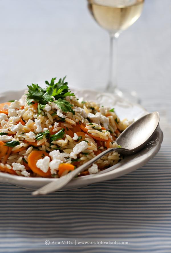 Orzo salata sa šargarepom