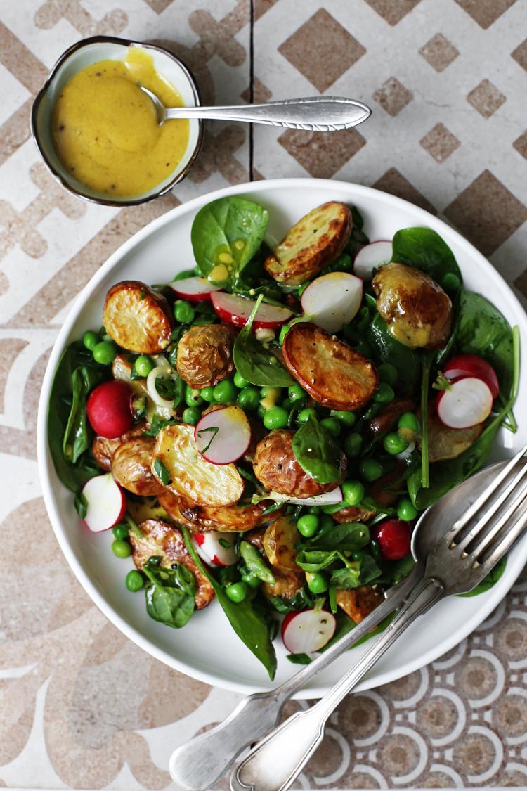 Salata sa mladim krompiricima