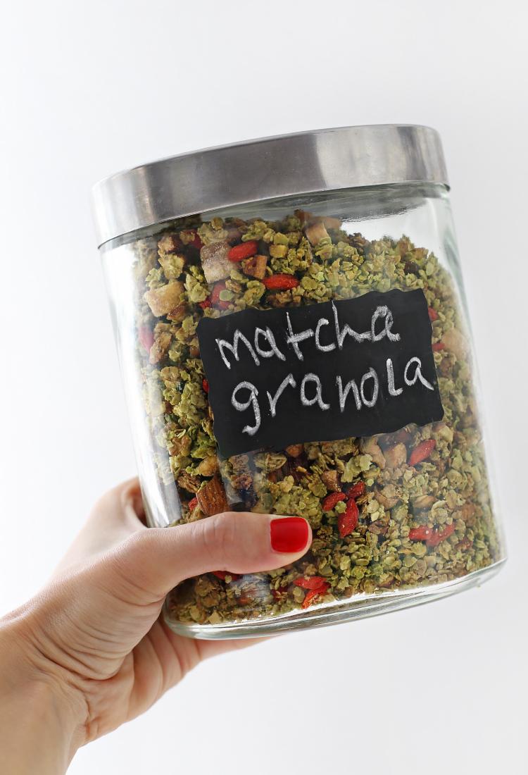 Matcha granola