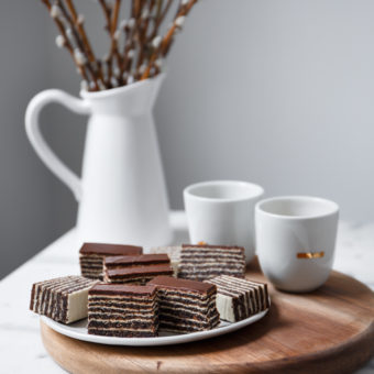 Rozen sa makom i čokoladom